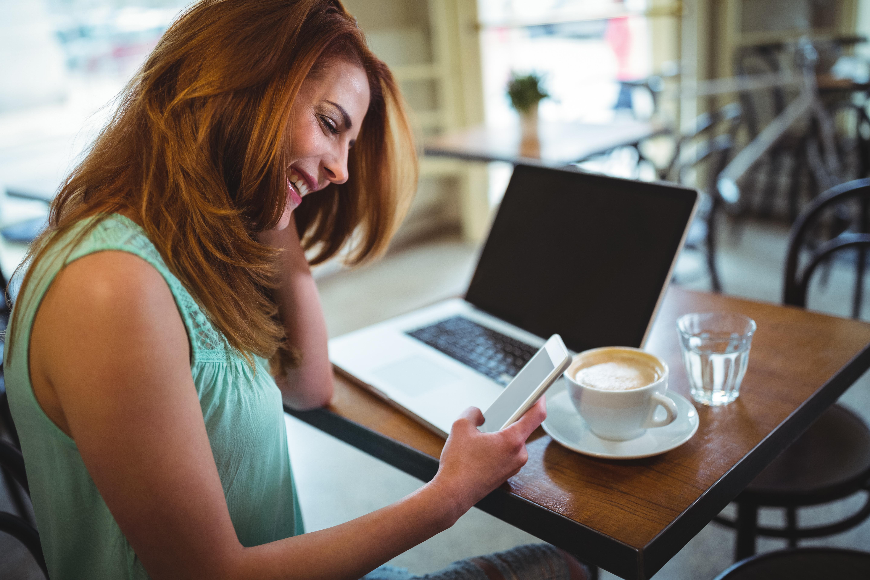 Páginas para conocer gente: ¿Es útil Internet para conocer personas afines?